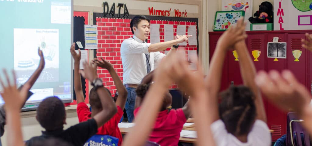 Andrew Wong, MTR Resident, teaching at Cherokee Elementary.